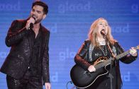 """Melissa Etheridge and Adam Lambert perform """"I'm The Only One"""" 