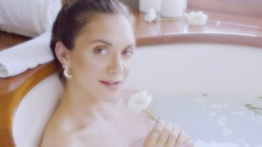 Alyson Stoner – Fool (Official Music Video)
