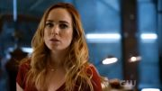 Sara & Ava (Legends Of Tomorrow) – Bleeding Love